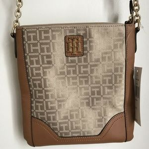 NEW Tommy Hilfiger Crossbody Signature Beige Purse
